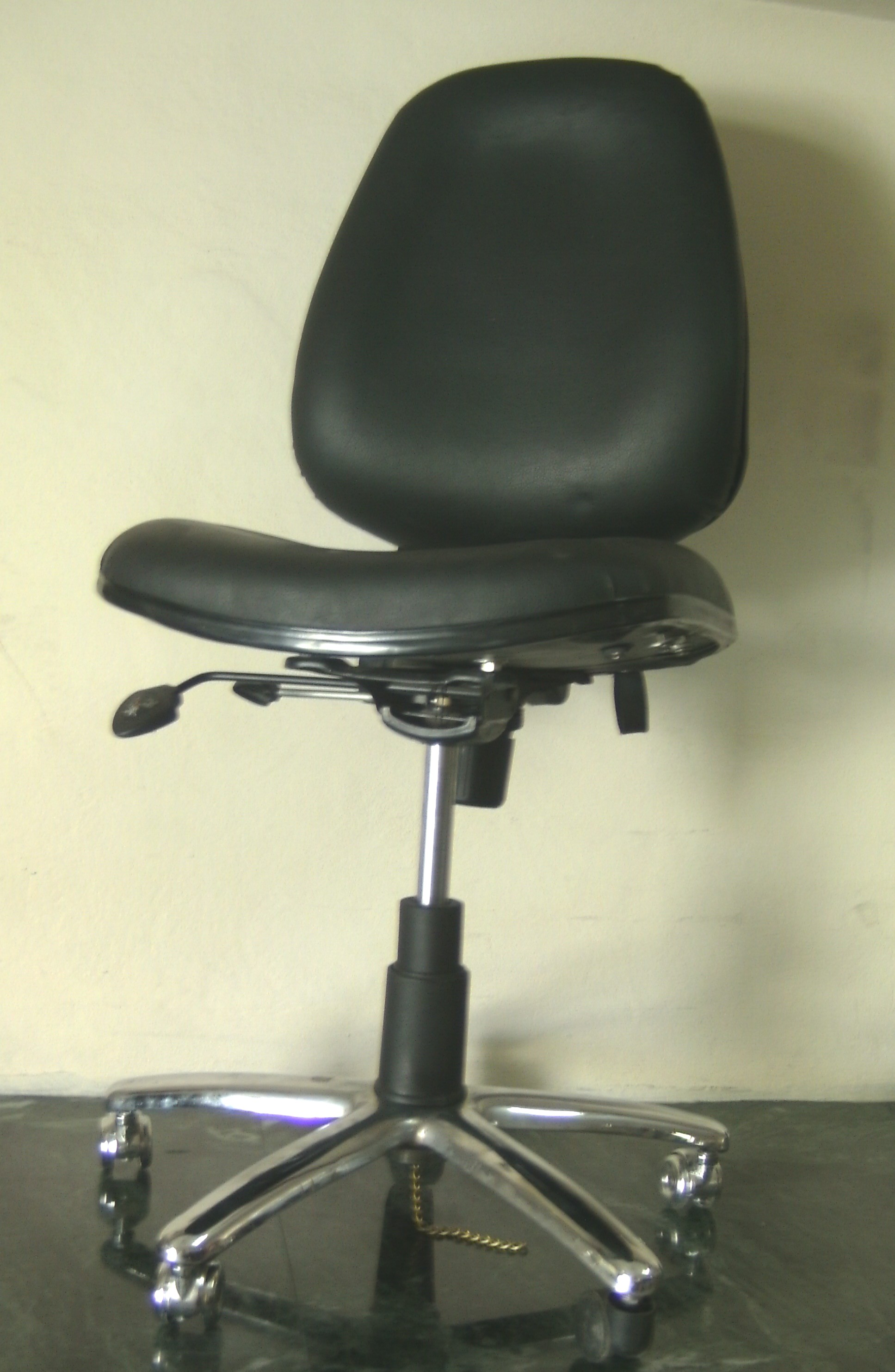antistatic-chair-without-arms